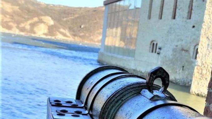 Postavljeni topovi u tvrđavi Golubački grad na Dunavu 1