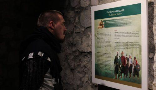 """U tvrđavi Golubački grad postavljena izložba """"Zapovednici Golubačke tvrđave"""" 4"""