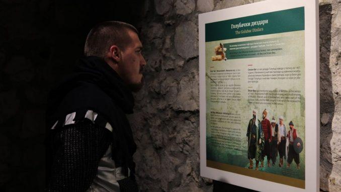 """U tvrđavi Golubački grad postavljena izložba """"Zapovednici Golubačke tvrđave"""" 3"""