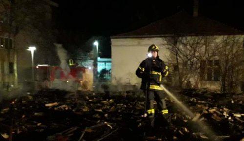 Kladovo: U požaru nestalo 200 kvadrata 11