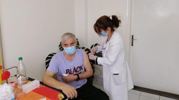 U Majdnapeku vakcinisano nešto manje od tri hiljade građana 3
