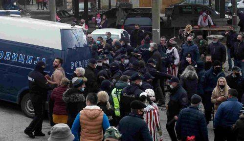 Potraga za osobom koja je zapalila bugarsku zastavu na Vevčanskom karnevalu 7