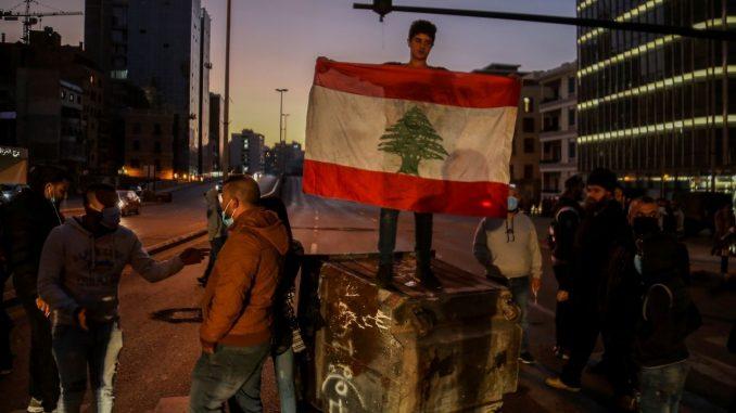 Novi sukobi demonstranata i policije na severu Libana 3