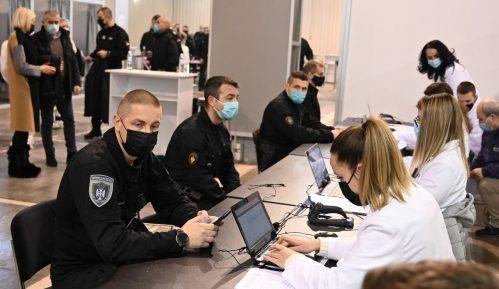 Na Beogradskom sajmu vakcinisano više od 500 pripadnika MUP-a 14