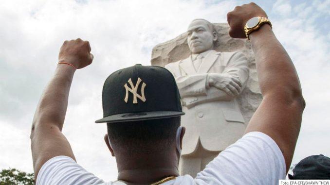 Kako je Martin Luter King dobio ime? 6