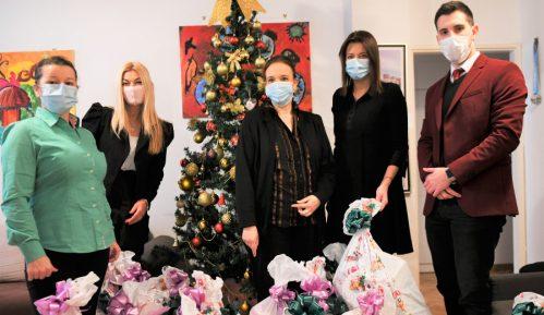 Irena Vujović i Meridian uručili paketiće za decu na Institutu za onkologiju 1