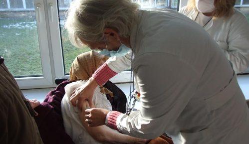 Masovna vakcinacija počela u Borskom okrugu, stiglo 1.140 doza Sinofarmove vakcine 2