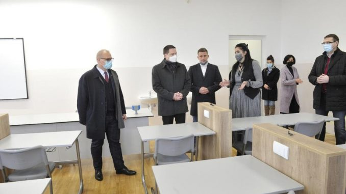 Rekonstruisana Peta beogradska gimnazija 4
