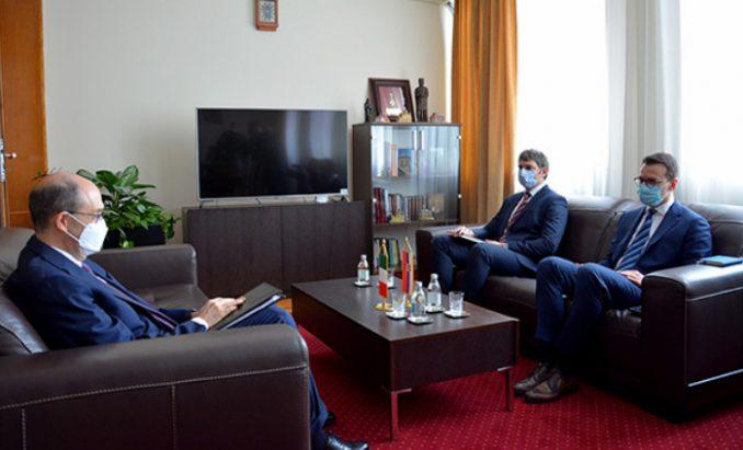 Petković sa ambasadorom Italije: Sve učestalija antisrpska retorika na Kosovu 1