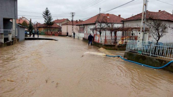 Bujične vode poplavile domaćinstva u pojedinim pirotskim naseljima 1