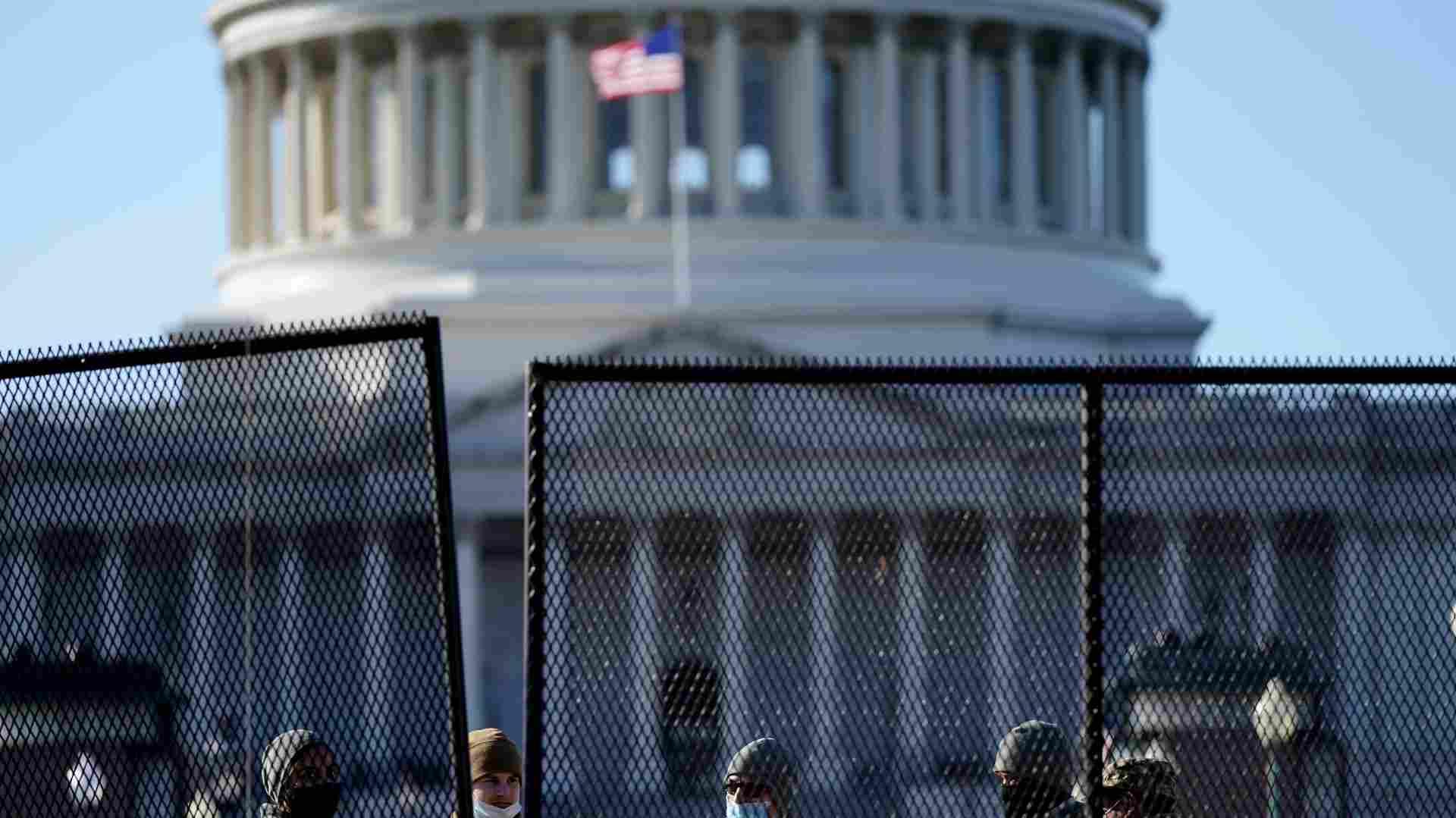 Američke vlasti: Protiv rulje koja je upala u Kongres moguće optužbe za pobunu 1