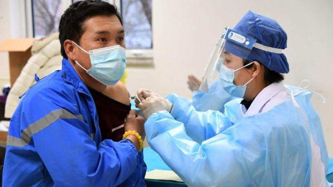 U Kini upotrebljeno oko 22,8 milona doza vakcine protiv korone 5