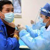 U Kini dato više od milijardu doza vakcine protiv korona virusa 11