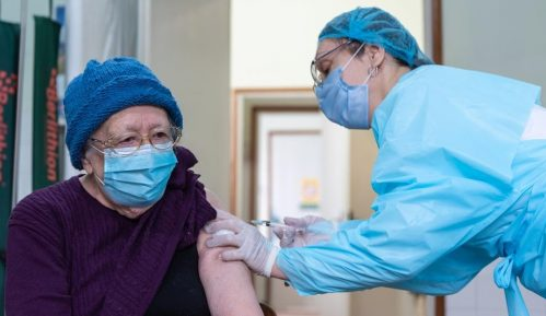 Počela vakcinacija u Zrenjaninu, stiglo oko 2.000 doza vakcina (FOTO) 3