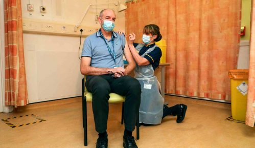 Do sada vakcinisano 2,3 miliona Britanaca 2