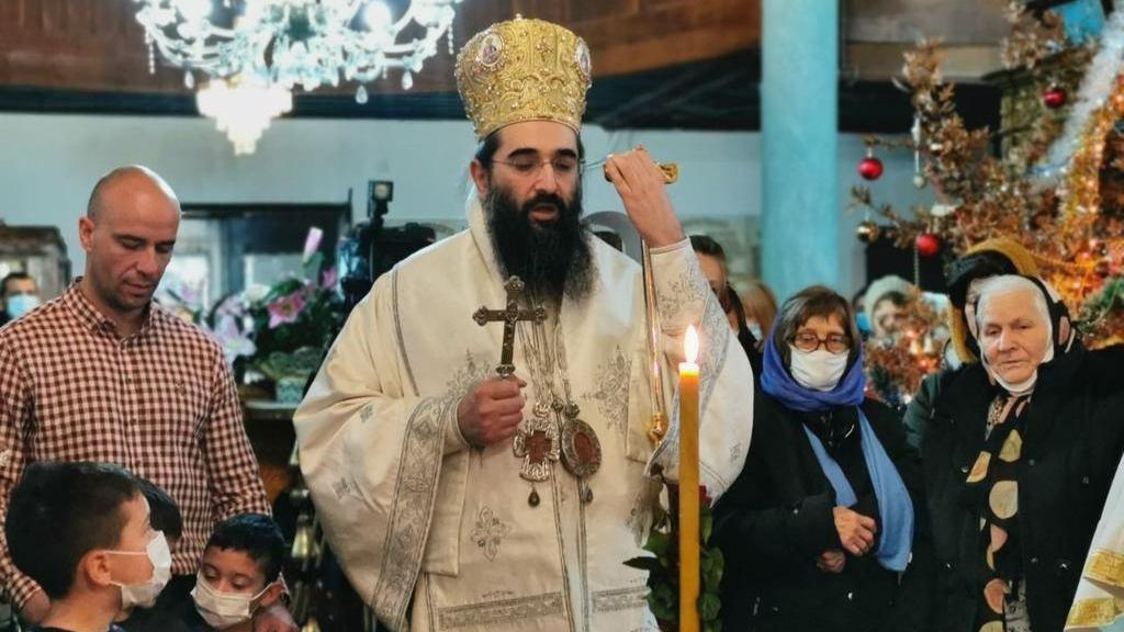 Vladika niški Arsenije služio liturgiju u Pazarskoj crkvi u Pirotu 1