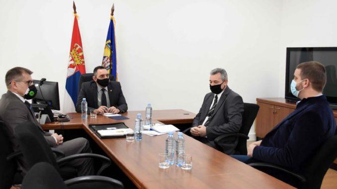 Vulin sa gradonačelnikom Kragujevca o unapređenju bezbednosti 1