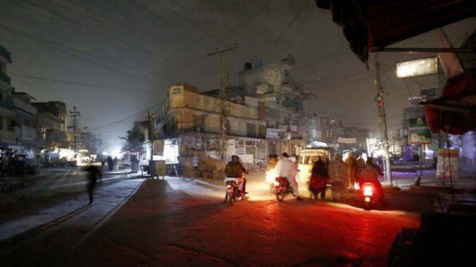 Pakistan dobio struju 3