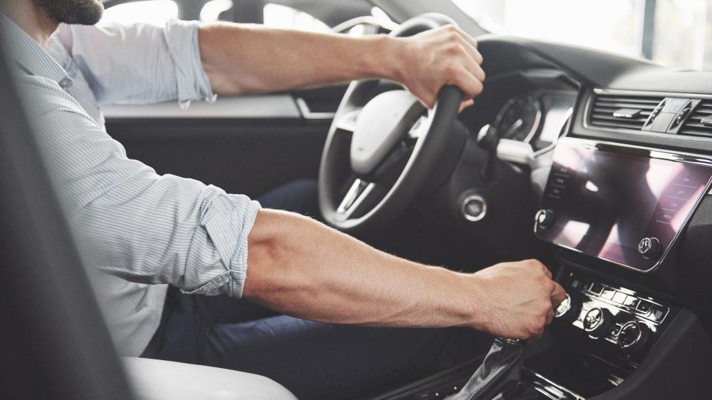Mladi vozači najčešće stradaju vikendom u sitnim satima 2