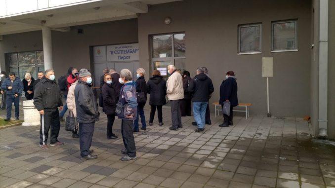 Veliko interesovanje građana u Pirotskom okrugu za vakcinaciju 3