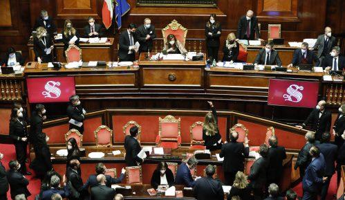 Italijanskom premijeru izglasano poverenje u Senatu 8