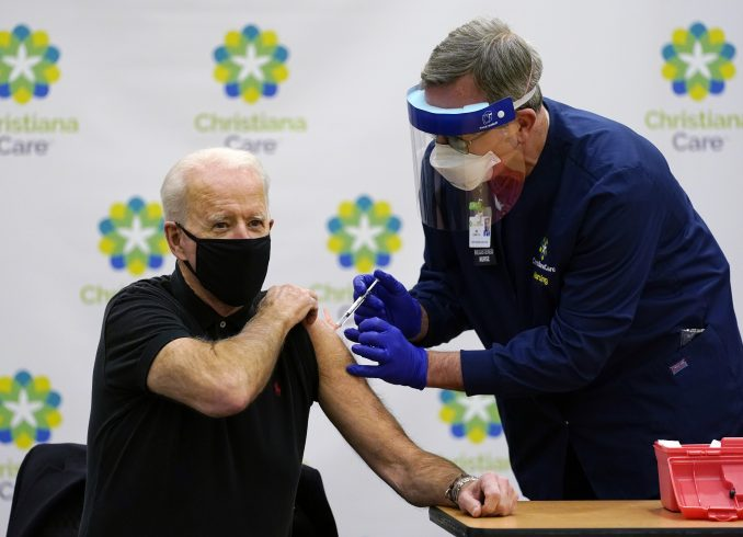 Bajden primio drugu dozu vakcine protiv korona virusa 1