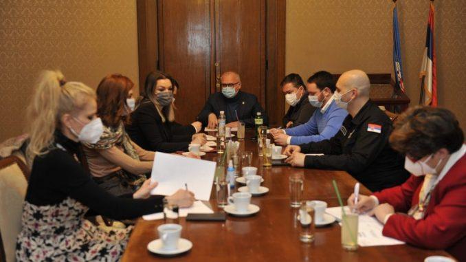 Vesić: Beograd ponudio 17 lokacija za vakcinaciju i spreman je da ih opremi 4