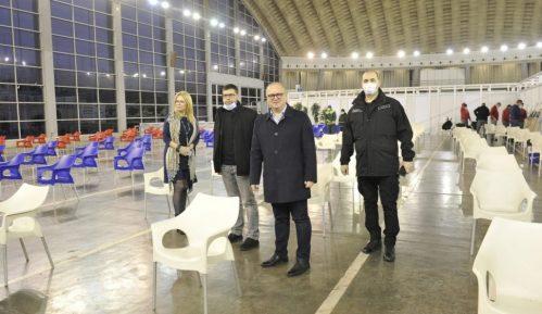 Vesić: Počinje vakcinacija u Hali 3 Beogradskog sajma 4