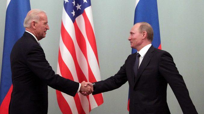 Putin i Bajden spremni da nastave dijalog o globalnoj bezbednosti 1