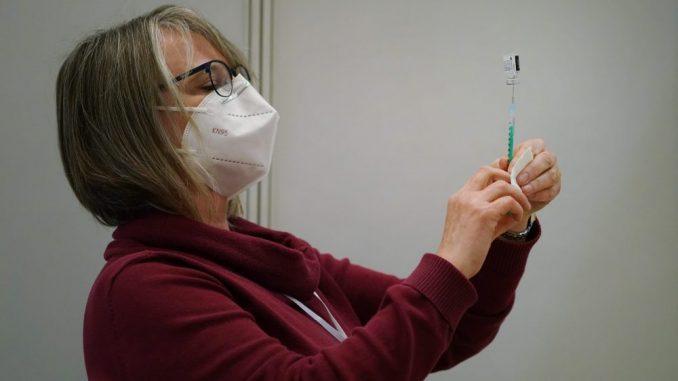 Fajzer najbliži vakcinaciji najmlađih 5