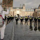 Policijski čas u Holandiji ostaje uprkos protestima 13