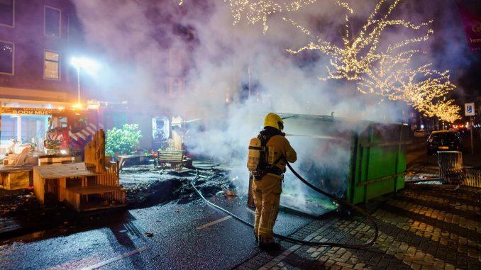 Opet protesti i neredi širom Holandije, vodeni topovi u Roterdamu 5