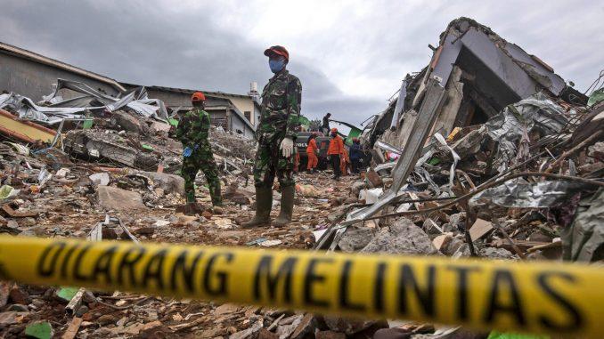 U zemljotresu u Indoneziji poginulo najmanje 78 osoba 3