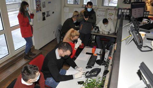 Za dva dana volonterima kol centara prijavilo se 2.630 starijih Beograđana za imunizaciju 3
