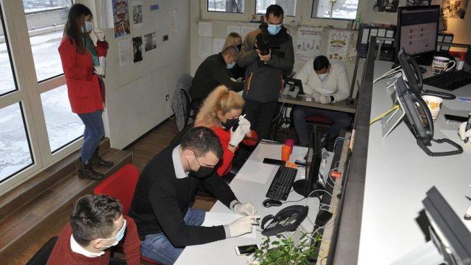 Za dva dana volonterima kol centara prijavilo se 2.630 starijih Beograđana za imunizaciju 4