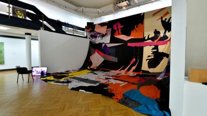 Izložba nagrađenih radova sa ULUS-ovih izložbi 2020. godine u Galeriji ULUS 4