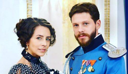 Istorijska drama koja se pretvorila u ljubavni vikend roman 6