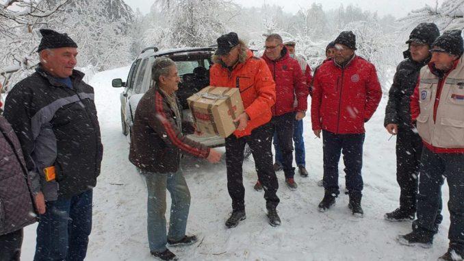 Privredna komora Srbija uručila pomoć ugroženim građanima na jugu Srbije 4