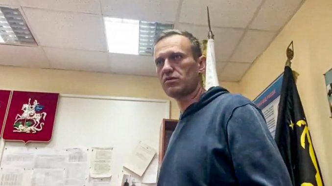 Suđenje Navaljnom za klevetu odloženo za 5. februar 3