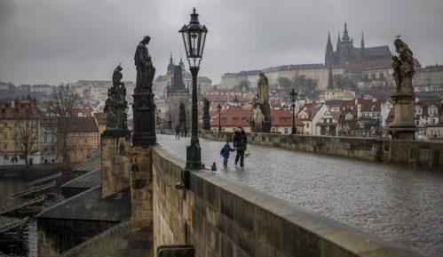 Češka ublažila mere protiv korona virusa 15