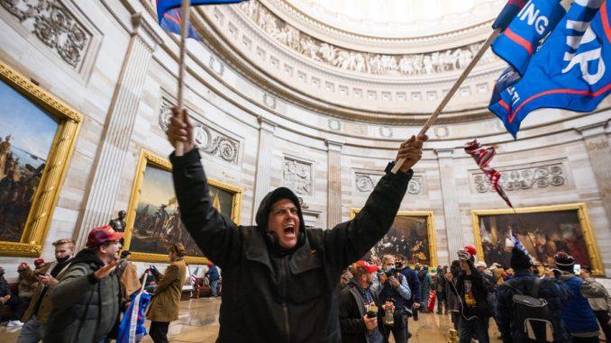 Zbog nasilja u Vašingtonu više od 200 optuženih, istraga protiv još 400 1