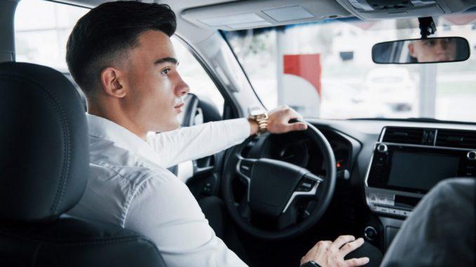 Mladi vozači najčešće stradaju vikendom u sitnim satima 9