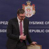AP: Srpski predsednik konačno zavrnuo rukav, izabrao kinesku vakcinu 12