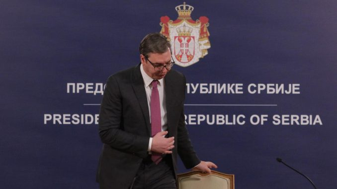 Kako Vučić koristi vanredna i redovna obraćanja javnosti? 3