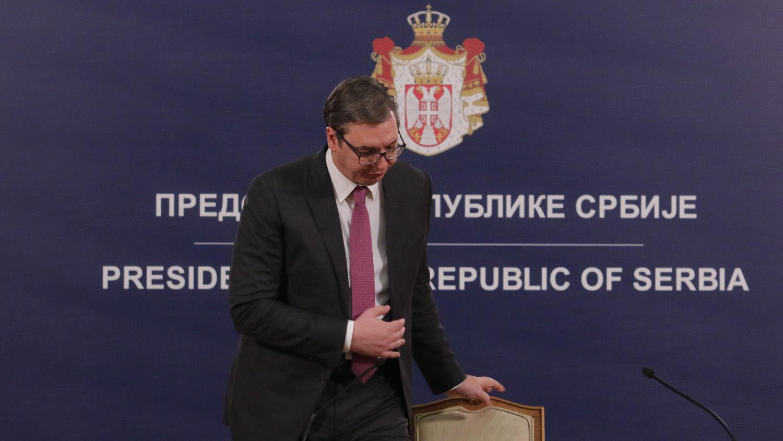 Kako Vučić koristi vanredna i redovna obraćanja javnosti? 1