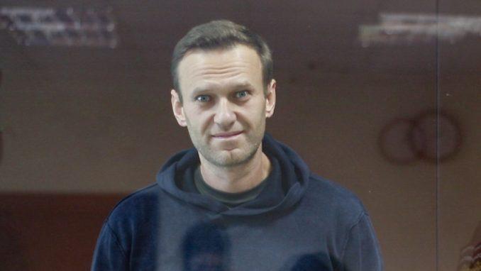 """Aleksej Navaljni: Putinov """"problem"""" 3"""