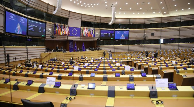 Izveštaj EP: Zabrinutost zbog dominacije SNS-a, pritiska na birače i pristrasnosti medija 4