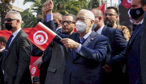 Ne jenjava kriza u Tunisu, hiljade pristalica islamista na ulicama 5