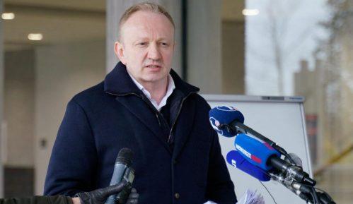 Đilas: Vučić je kukavica, peti put izbegava suđenje 8