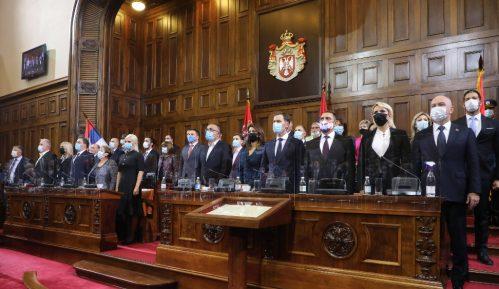 Vlada u funkciji jedne stranke i dolazećih izbora 7